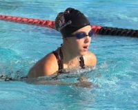 young-competative-swimmer